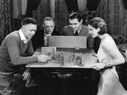 clarence-brown-leslie-howard-clark-gable-norma-shearer-miniature-set-free-soul_6