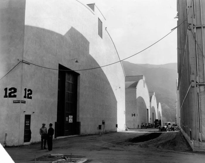 1930s W BROS