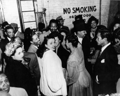 1944 Lena Horne backstage at Sweet and Hot