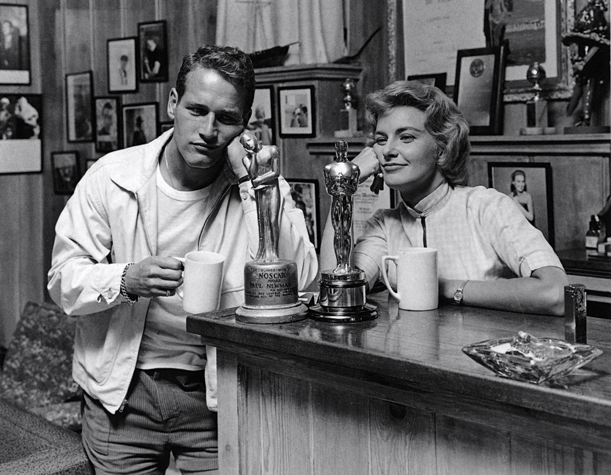 [Obrazek: joanne-woodward-paul-newman-with-and-without-oscar.jpg]