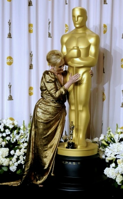 Meryl backstage 2012 after win for Iron Lady