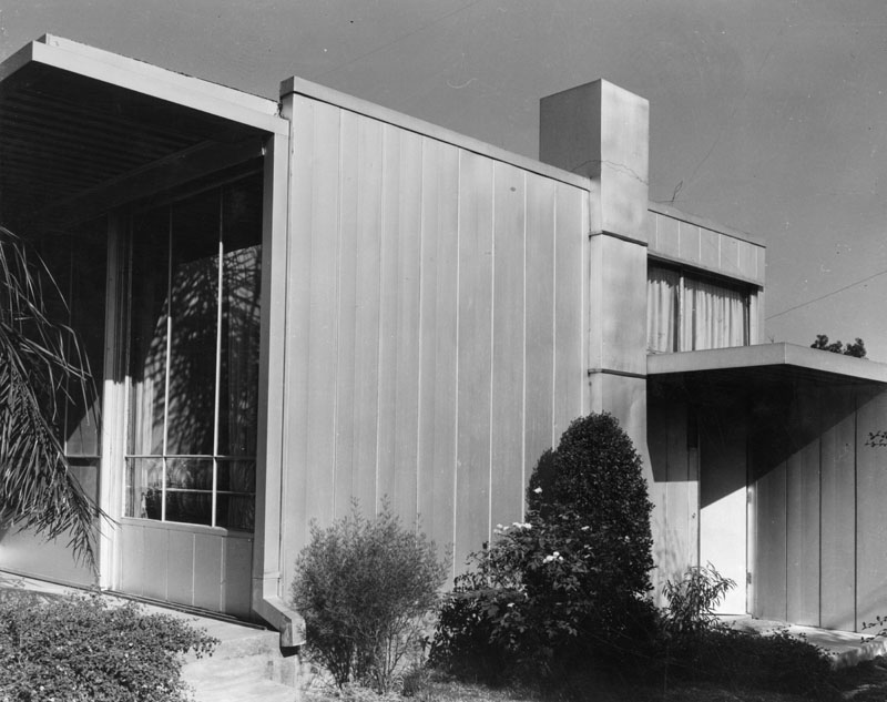 1934 Neutra Ain beard house altadena