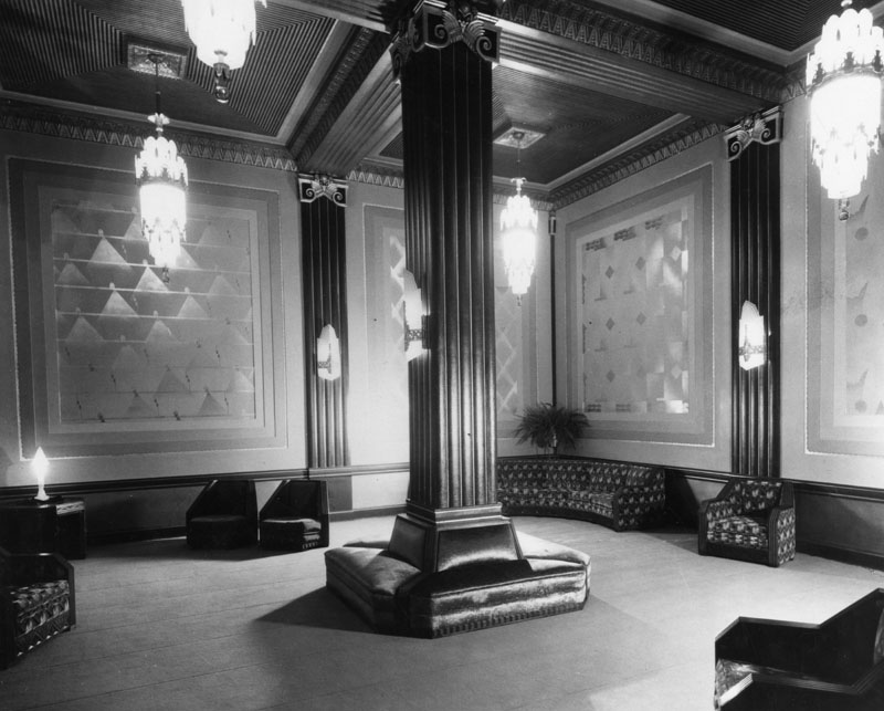 Pantages and oh that art deco lounge beguiling hollywood for Art deco style lounge