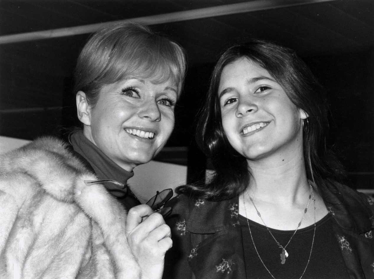 debbie and carrie happy mother s day beguiling hollywood