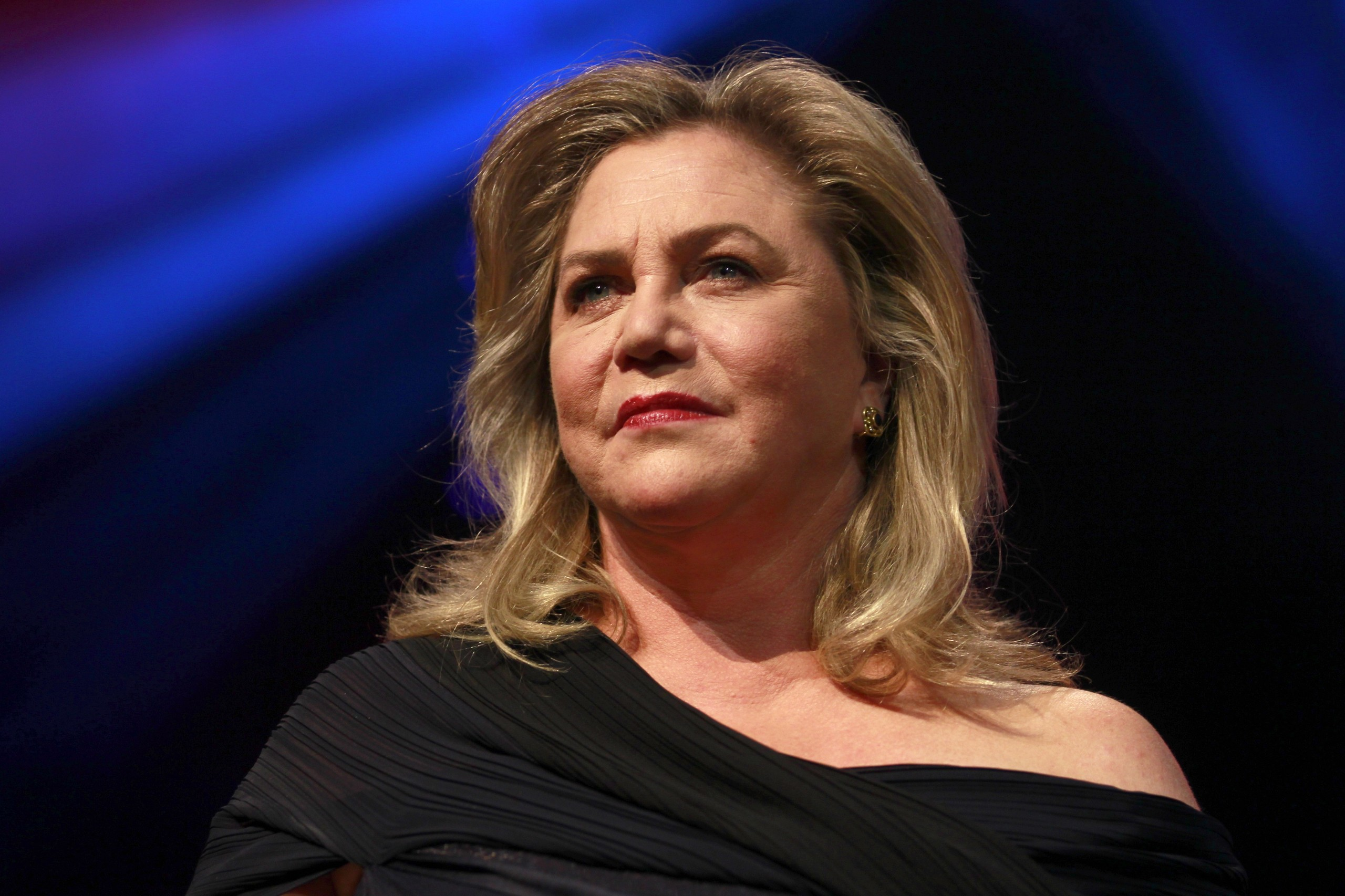 Kathleen Turner in Bakersfield Mist at the Duchess Theatre in London