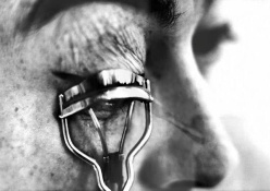photographer Eve Arnold eyelashes
