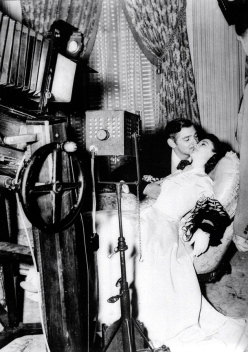 gone with the wind - kissing in front of camera