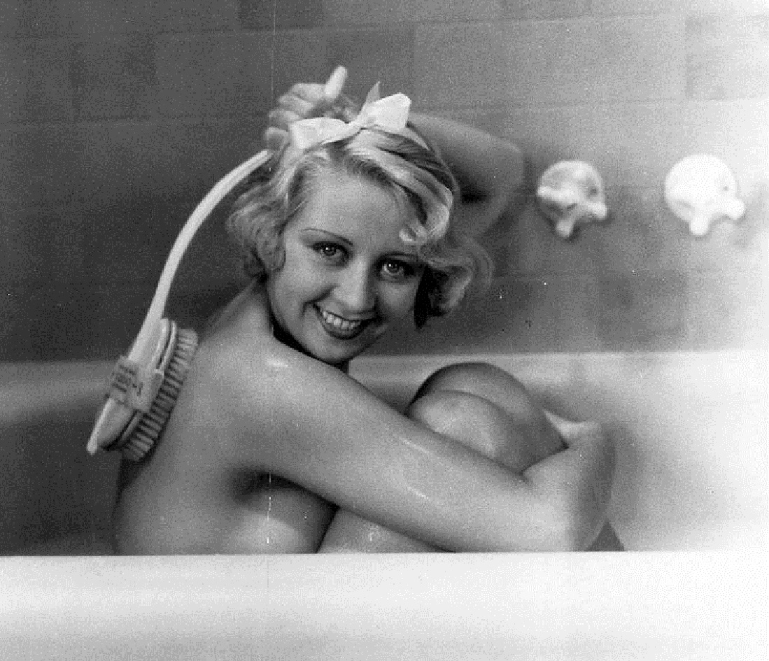 blonde crazy in the bath beguiling hollywood