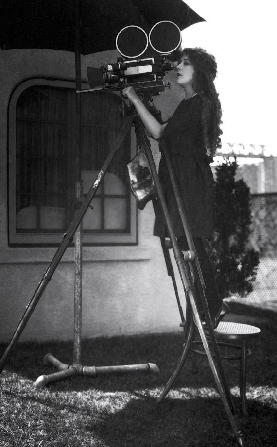 Mary Pickford checks the shot