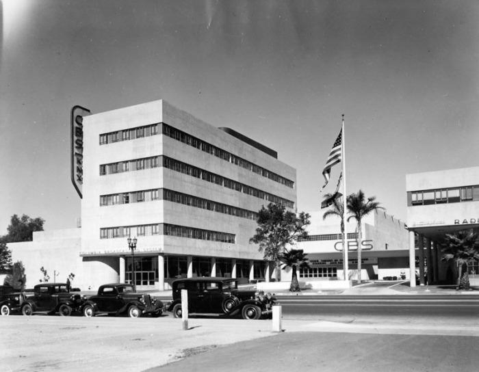 photo Burton O Burt Columbia Square 1939