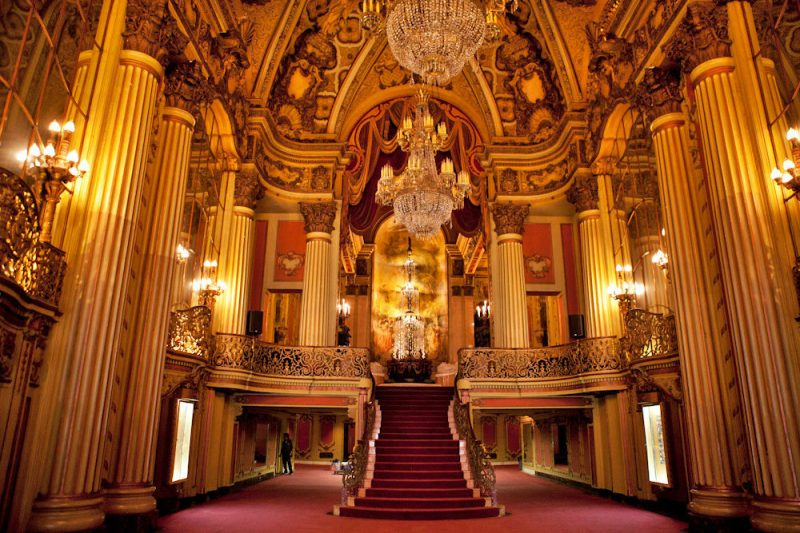 02_2013_LOS_ANGELES_THEATER-1