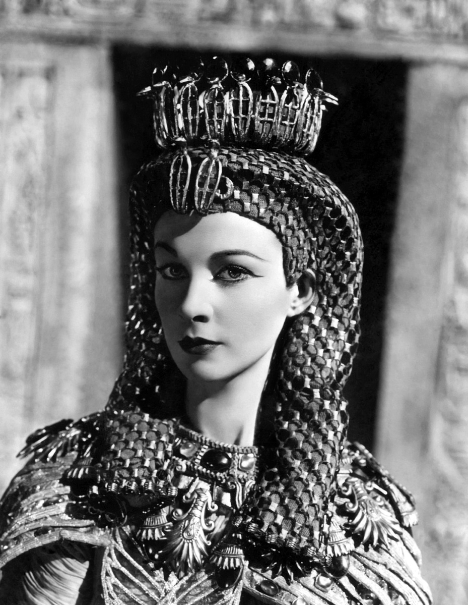 Dressing Up As Cleopatra Vivien Leigh 1945 BEGUILING