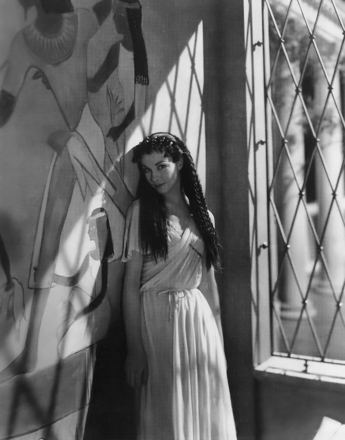 Annex - Leigh, Vivien (Caesar and Cleopatra)_NRFPT_02