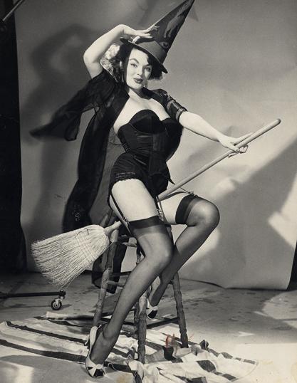 elvgren-witch