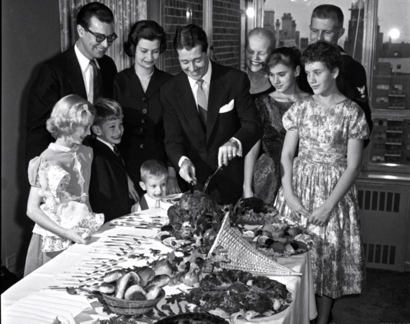 thanksgiving-1958 - don ameche and family