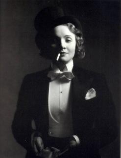 A - Dietrich, Marlene (Morocco)