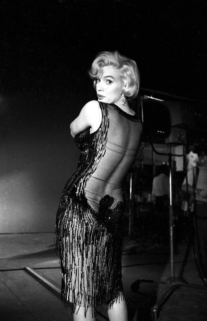 on set some like it hot
