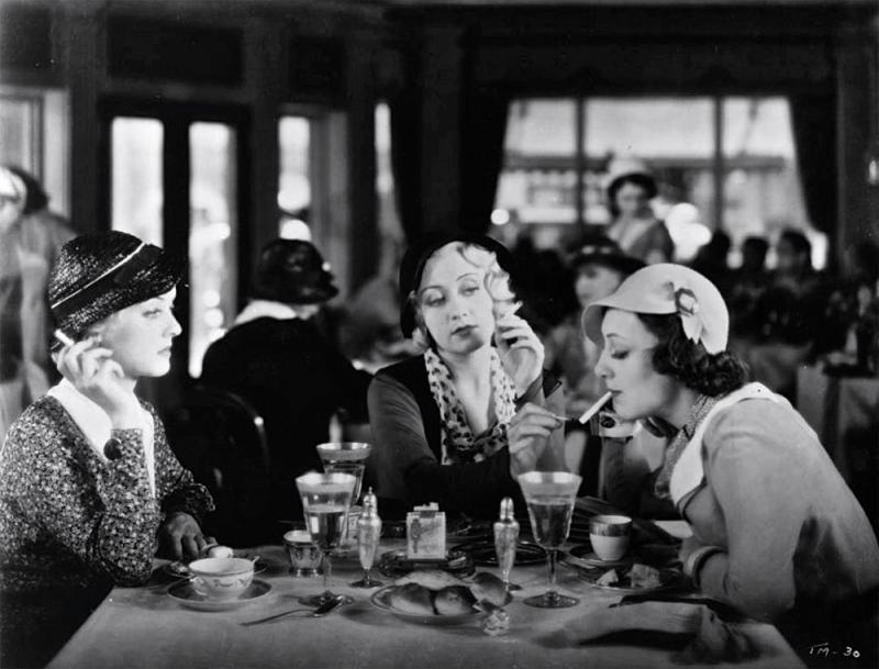 photo-Une-Allumette-pour-trois-Three-on-a-Match-1932-2