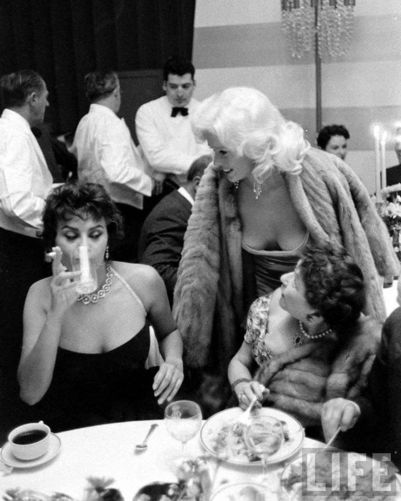 Sophia+Loren,+Jayne+Mansfield