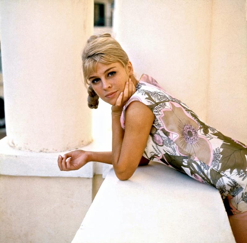 darling-julie-christie-1965-everett