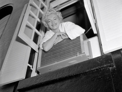 Annex - Monroe, Marilyn (Seven Year Itch, The)_02