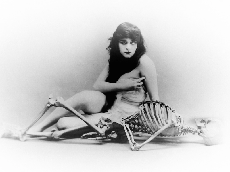 a-fool-there-was-1915-theda-bara