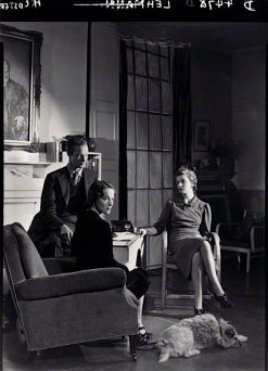 ©National Portrait Gallery John Frederick Lehmann; Beatrix Lehmann; Rosamond Nina Lehmann by Howard Coster 1938