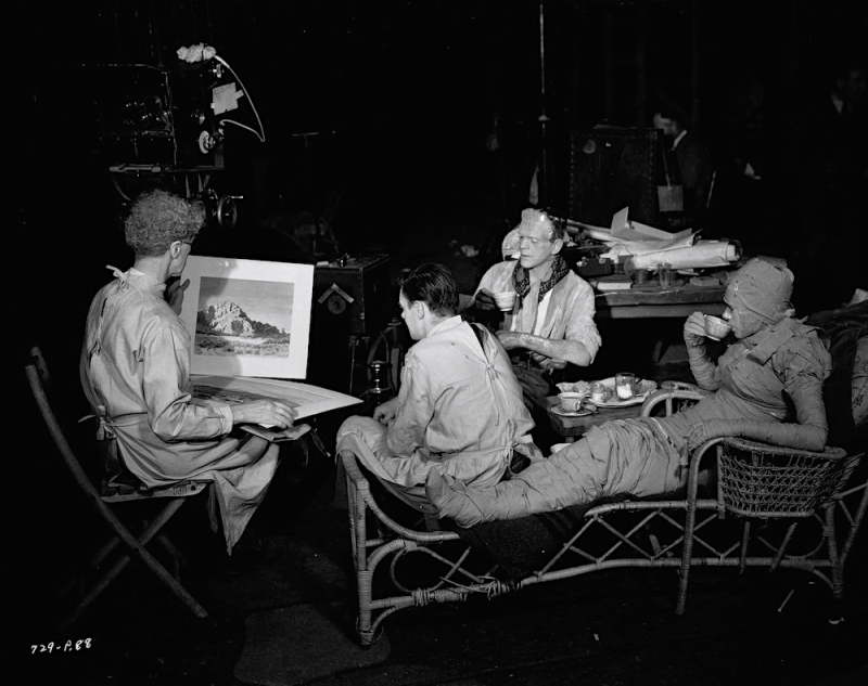 1935:  From left to right, actors Ernest Thesiger (1879 - 1961), Colin Clive (1898 - 1937), Boris Karloff (1887 - 1969) and Elsa Lanchester (1902 - 1986) Photo via John Kobal Foundation/Getty Images