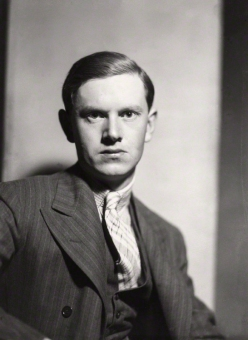 56-evelyn-waugh-en-1930