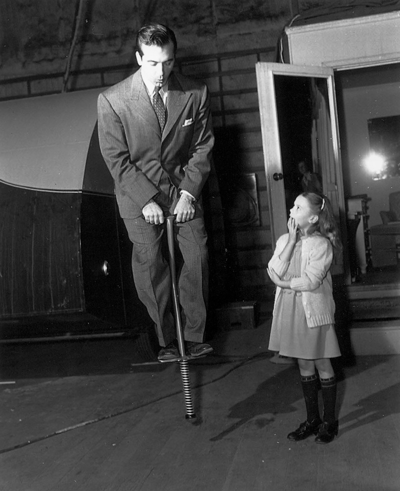 behind the scenes John Payne Natalie Wood miracle on 34th st