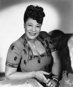 Ella Fitzgerald --- Image by © Michael Ochs Archives/Corbis